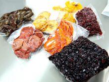 Extratos de frutas amazônicas são adicionados ao cacau para adoçar o chocolate e trazer a essência de cada sabor