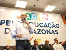 GOVERNADOR ASSINA PACTO PELA EDUCAÇÃO DO AMAZONAS - FOTO ÉRICO XAVIER 03
