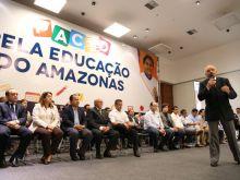 GOVERNADOR ASSINA PACTO PELA EDUCAÇÃO DO AMAZONAS - FOTO ÉRICO XAVIER 06