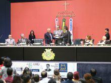 Aleam homenageia ILMD-Fiocruz Amazônia