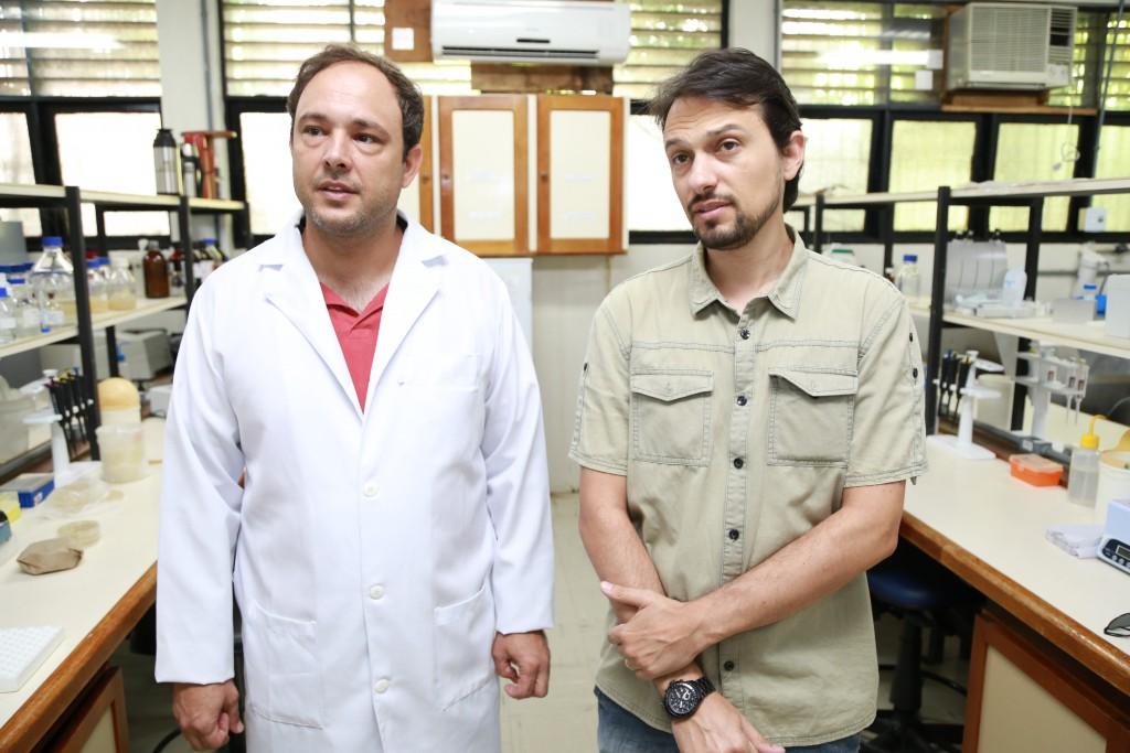 Carlos Augusto - Jaleco -  e Nelson Poti - Natuprotein 02