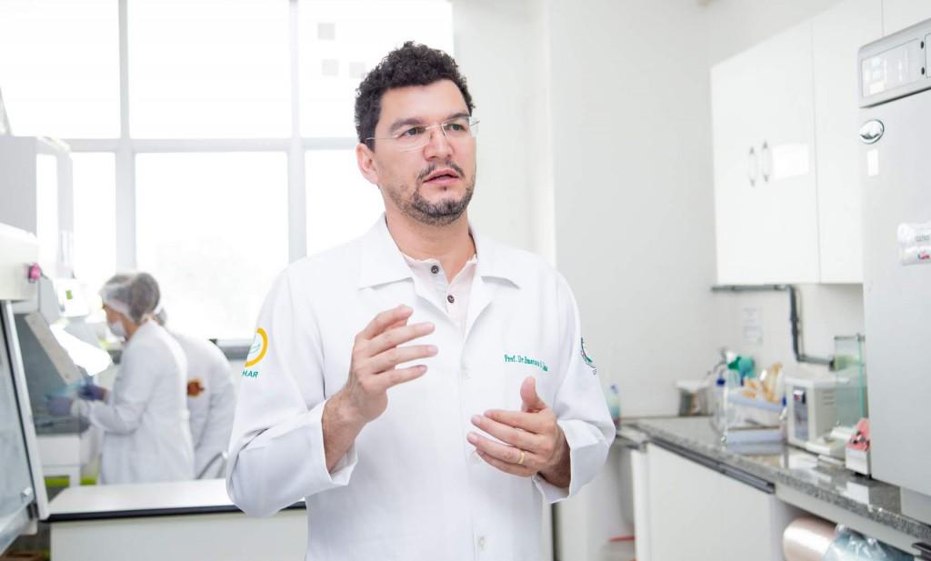 DR. EMERSON LIMA - COORD. DO LABOR. DE FARMÁCIA DA UFAM_-184