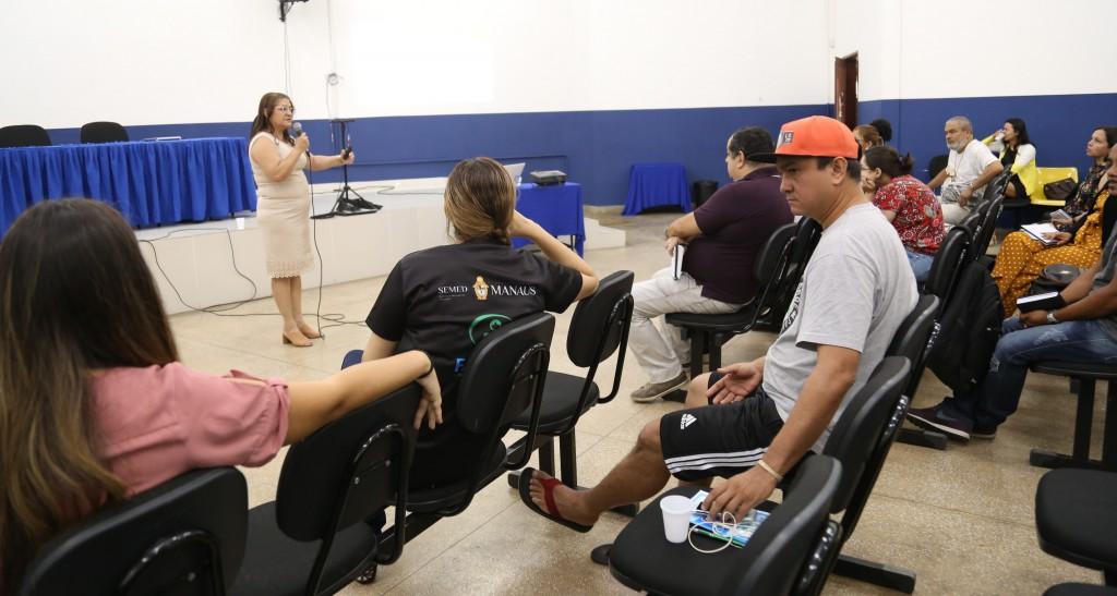 Oficina do PCE é realizada para professores da Semed Manaus